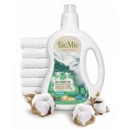 BioMio Экологичное жидкое средство для стирки деликатных тканей Bio-Sensitive Концентрат экологичный