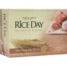 Мыло туалетное CJ Lion Rice Day с экстрактом граната и пиона 100 г