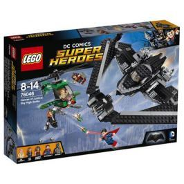 Конструктор LEGO Super Heroes 76046 Поединок в небе